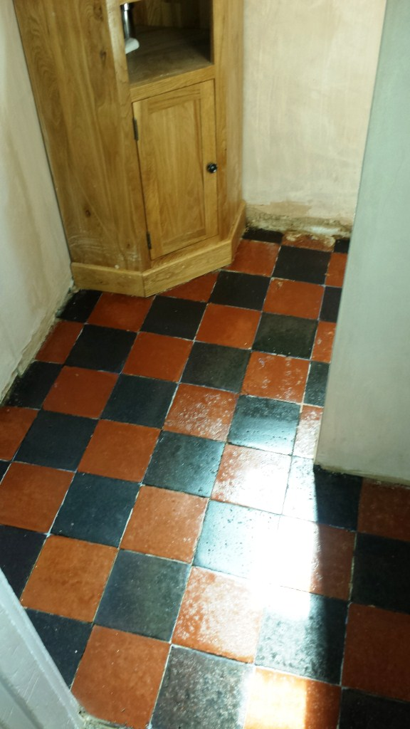 Deep Cleaning Quarry Tiles in Bedford After