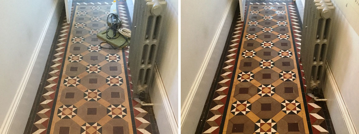 Victorian Tiled Floor Before After Cleaning The Embankment Bedford